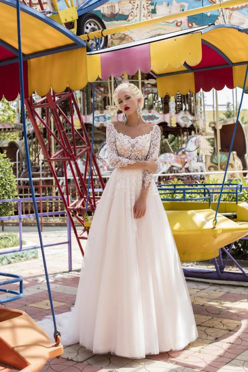 Ivana robes de mariees pontarlier collection fragrant dream 6